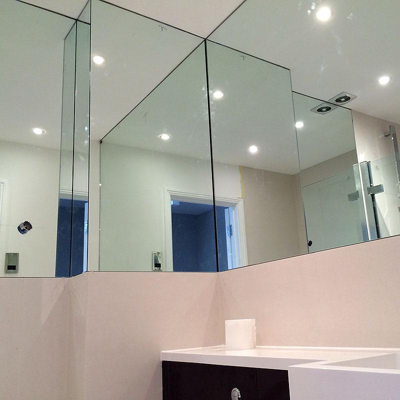 Bespoke bathroom mirrors in London
