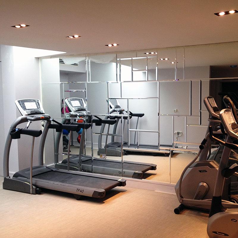 Bespoke gym mirrors in London