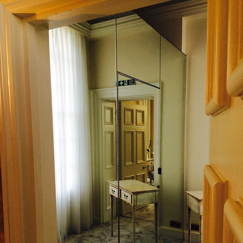 Bespoke bedroom mirrors in London