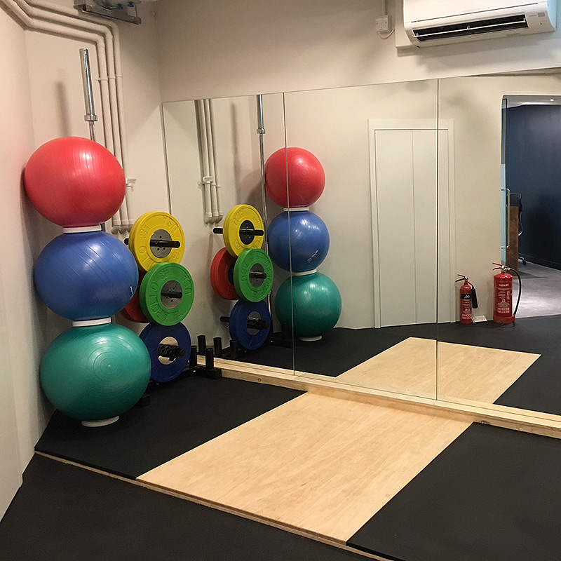 Bespoke floor to ceiling gym mirrors