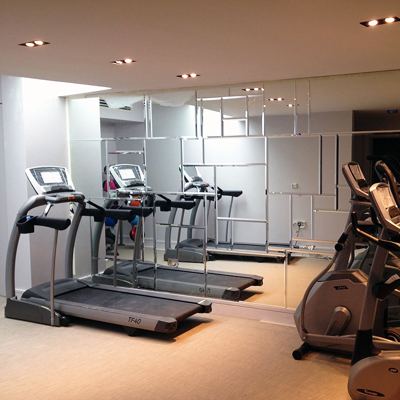 Bespoke gym mirrors in London