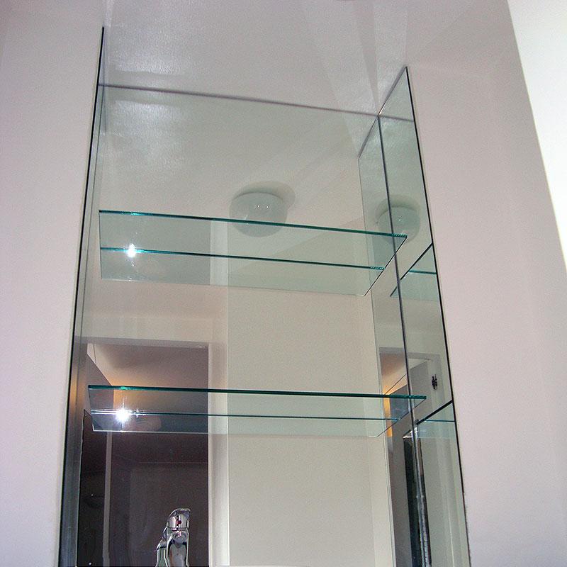 Bespoke glass shelves in London