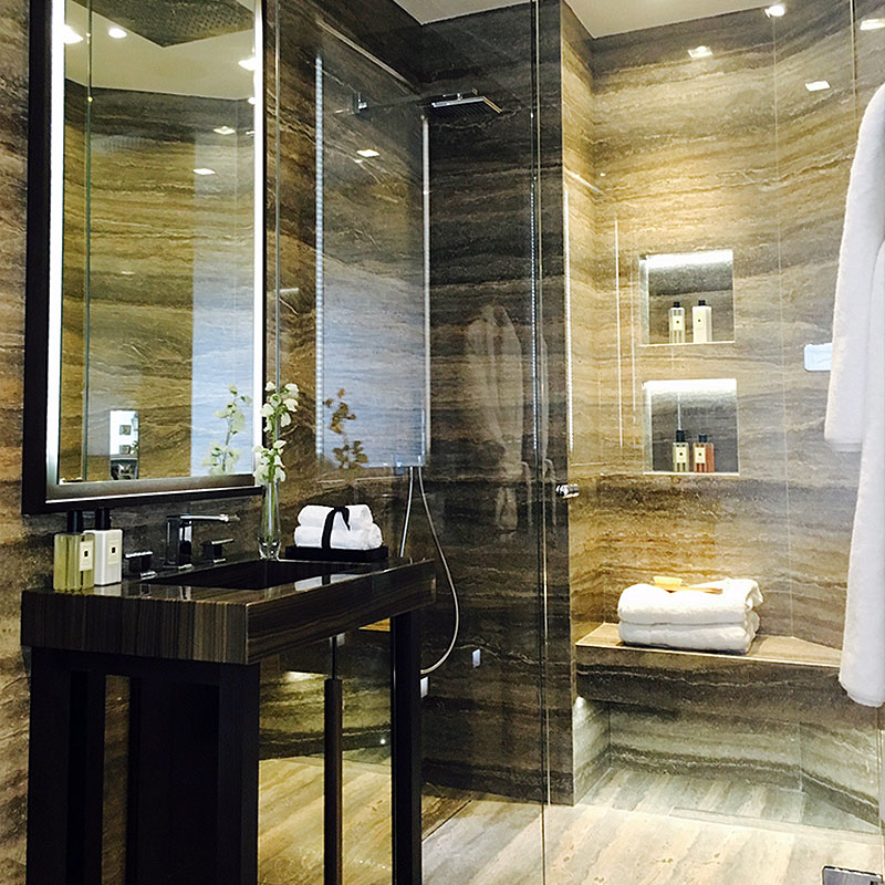 Glass wet room divider