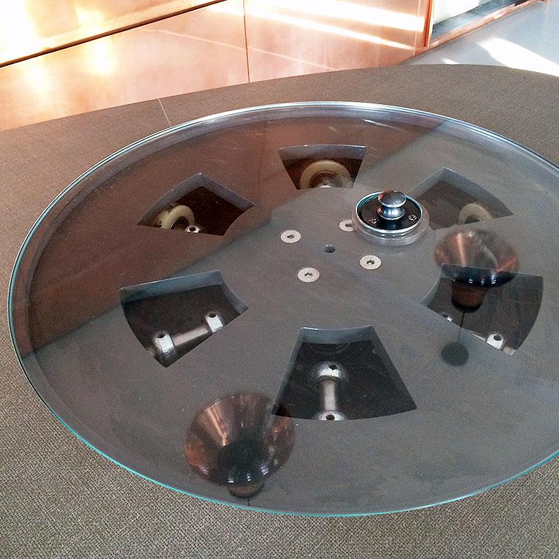 Round glass thing